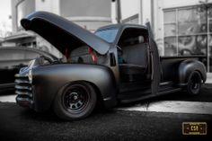 Chevy pick up Classic Pickup Trucks, Chevy Pickup Trucks, Gm Trucks, Chevy Pickups, Chevy 3100, Hot Rod Trucks, Cool Trucks, Cool Cars, Custom Trucks