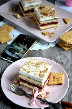 Kocke sa vanilom i malinama Biscuit, Cheesecake, Food And Drink, Cooking Recipes, Bread, Baking, Gem, Desserts, Cakes