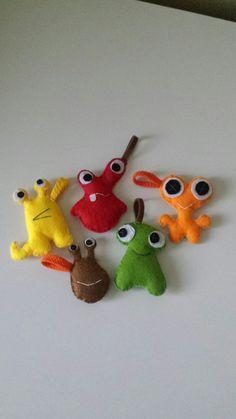 Privesky-priserky-monsters Monsters, Christmas Ornaments, Holiday Decor, Handmade, Home Decor, Xmas Ornaments, Homemade Home Decor, Hand Made, Christmas Jewelry