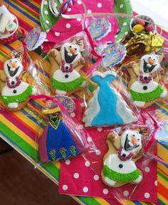 Galletas decoradas Frozen. Olaf y vestidos de Elsa y Ana. #frozen #frozenelsa #frozenolaf