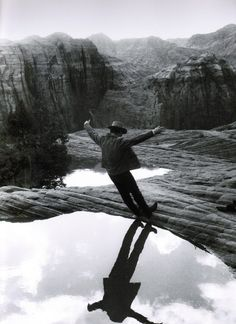 Paul Newman on the set of Butch Cassidy and the Sundance Kid (1969, dir. George Roy Hill ) (photo by Jimmy Mitchell)