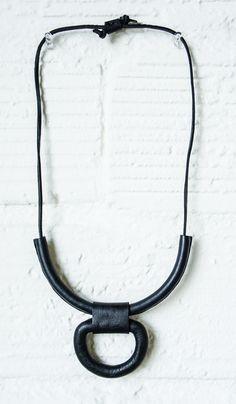Crescioni Black Union Necklace | Spartan Shop