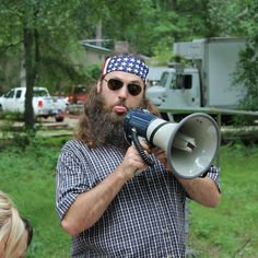 Belin raceway in marne michigan Duck Dynasty Cast, Duck Dynasty Family, Dynasty Tv, Willie Robertson, Robertson Family, Great Beards, Awesome Beards, Duck Calls, Duck Commander