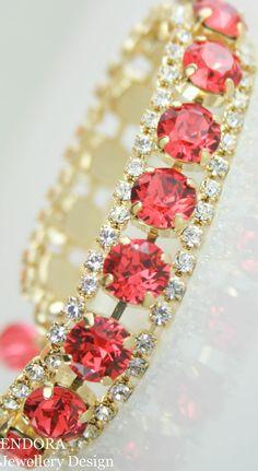 Crystal bracelet | Padparadscha bracelet | swarovski crystal bracelet | pink and orange wedding bracelet | watermelon pink | salmon pink | www.endorajewellery.etsy.com