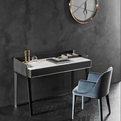Casarredo located in Johannesburg is a specialist importer of premium quality luxury Italian furniture, kitchens, wardrobes & designer decor brands. Table Furniture, Modern Furniture, Furniture Design, Office Furniture, Interior Exterior, Luxury Interior, Interior Design, Office Table, Office Decor