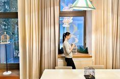 grätzlhotel am Karmelitermarkt – Wienerin auf Zeit Curtains, Home Decor, Open Bathroom, Colorful Wallpaper, Hotel Bedrooms, Ground Floor, Insulated Curtains, Homemade Home Decor