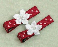Simple flower set hot pink