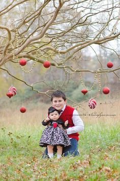 Planning a personalised christmas card? Check out my top 15 christmas kid's photoshoot ideas