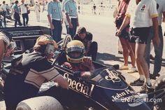 Foi após vencer o GP dos EUA de 1986, em Detroit, que tricampeão festejou dando volta segurando bandeira do Brasil