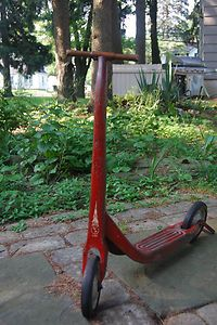Vintage Radio Flyer 2-wheel Scooter, 1950s  This was my Houston ride when I was in elementary school.