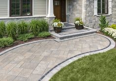 99 Best Front Yard Pathway Landscaping Ideas 6 - Home Sweet Front Walkway Landscaping, Front Yard Walkway, Front Porch Steps, Landscaping Ideas, Porch Entrance, Patio Steps, Small Front Yards, Curved Patio, Brick Patios