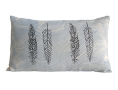 Feathers pillow by Beccatextile in Etsy shop