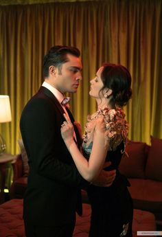 """Chuck and Blair hold hands. Chuck and Blair go to the movies. You said yo never wanted us to be boring.  """"Life with you would never be boring"""""""