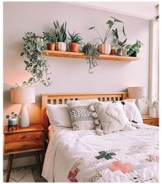Room Ideas Bedroom, Home Decor Bedroom, Above Bed Decor, Aesthetic Room Decor, Cozy Room, New Room, Room Inspiration, Shelving Above Bed, Shelf Over Bed