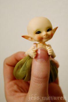 realpuki pupu | Tumblr   (oh my--a baby realpuki doll!)