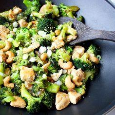 recept voor kip met broccoli en cashewnoten uit de wok.