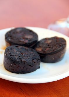 Morcilla is Spanish black pudding made with onions