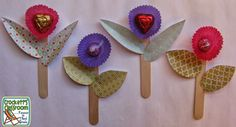 Chocolate Drop Flowers, easy Valentine's Day craft----Crockett's Classroom Forever in Third Grade