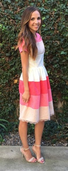 Pattern for how to make your own spring color-blocked dress // Exclusively from Merricks Art for Blog.Joann.com