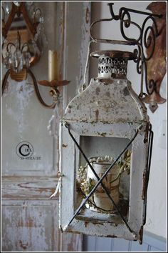 This lantern would be good to decorate for holidays ...