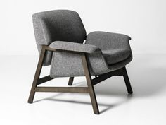 Upholstered armchair with armrests AGNESE by Tacchini