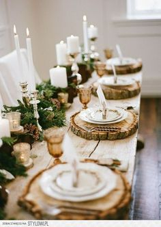 Interesting Winter Table Decoration You Can Make. Here are the Winter Table Decoration You Can Make. This article about Winter Table Decoration You Can Make was posted Noel Christmas, Rustic Christmas, Christmas Crafts, Outdoor Christmas, Woodland Christmas, Christmas Wedding, Christmas Ideas, Christmas Wreaths, Christmas Movies