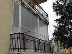 Tenda veranda per la pioggia e l'inverno vista esterna M.F. Tende e tendaggi www.mftendedasoletorino.it M.F. Tende e tendaggi Via Magenta 61 10128 Torino  Tel.:01119714234 Fax:01119791445  Cell.:3924999999