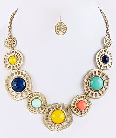 NEW: Twinkle Bloom Wheel Necklace Multi $22 Free US Shipping www.popofchic.com