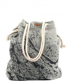 Tkaninowa torebka basic z efektem czarnej farby - me