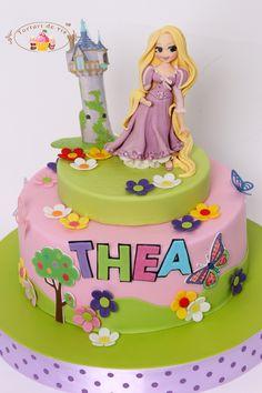 Tort Rapunzel pentru Thea