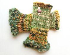 Green Fingerless Gloves  Lichen Frilly Fingers  by StripyKite, £19.00