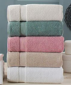 Look at this Rose Oviedo Bath Towel Set on #zulily today!