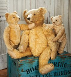 View Catalog Item - Theriault's Antique Doll Auctions Lot: 32. Early German Mohair Teddy by Steiff with Button in Ear