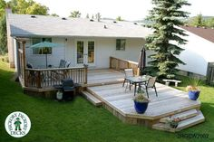 diy decks and porch for mobile homes | This deck plan is for a large, two level deck with a privacy screen.