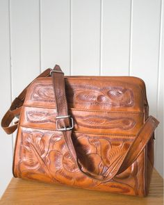 Vintage 70s hand tooled leather bag Tooled Leather Purse, Leather Tooling, Leather Purses, Leather Backpack, Vintage 70s, Vintage Items, Hand Tools, Im Not Perfect, Satchel