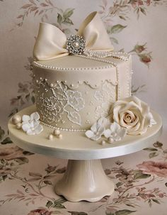 beige lace, pearls and rose cake