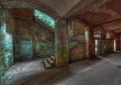 Beelitz Heilstätten Männerklinik Treppen 2 by Björn Dohlich on 500px