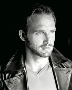 """Josh Lucas from Sweet Home Alabama: """"How come you wanna marry me anyhow""""? """"So I can kiss you anytime I want""""!"""