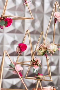 Geometric decor is often referred to as himmeli when it's hanging in some way, but with this tutorial we are making trendy DIY geometric centerpieces as w. Diy Wall Decor, Diy Bedroom Decor, Geometric Wedding, Geometric Decor, Diy Gifts For Kids, Unusual Gifts, Event Decor, Wedding Season, Diy Wedding