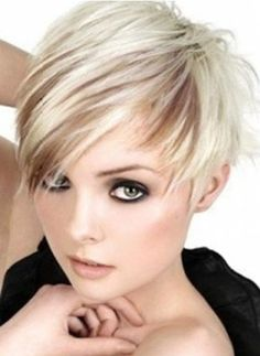 Platinum blonde hair with brown peak a boo low lights and a pixie asymmetrical haircut ~ Super Cute! Asymmetrical Pixie Haircut, Pixie Haircut For Round Faces, Round Face Haircuts, Short Pixie Haircuts, Short Hair Cuts, Short Hair Styles, Haircut Short, Asymmetrical Hairstyles, Haircut Styles