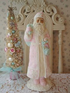 Shabby Christmas Cottage - Santa in Pastel colors