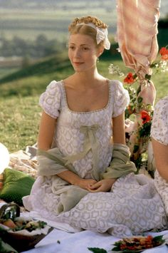 From Pride & Prejudice's Keira Knightley to Emma's Gwyneth Paltrow: A Look Back at Jane Austen's On-Screen Heroines — People – Hair Emma Woodhouse, Jane Austen Movies, Emma Jane Austen, Emma Gwyneth Paltrow, Kate Middleton, Emma 1996, Emma Movie, Little Jane, Iconic Movies