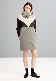 Madewell colorblock shiftdress worn with the Keaton oxford.