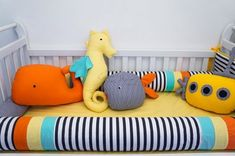 Kit de berço fundo do mar Almofadas Toy baleia, submarino, peixinho, cavalo-marinho. - Tree House Baby & Kids