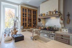 cuisine Ateliers POivre d'Ane Chêne Piano Lacanche Sur mesure Decor, Furniture, Table, Home Decor, Kitchen