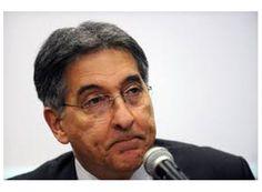 Pimental é o novo governador de MG http://www.passosmgonline.com/index.php/2014-01-22-23-07-47/politica/2914-pimental-e-o-novo-governador-de-mg