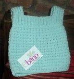 Chaleco tejido color celeste (Knit vest, color light blue)