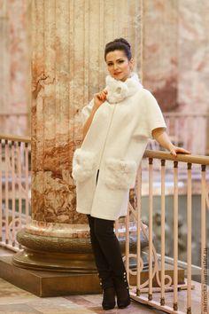 Купить Валеное (свадебное) пальто с шелком Снежная королева - белый, однотонный, модная одежда