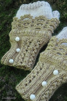 pretty fingerless mitts- recycle?.