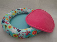 Beautiful waterproofed guinea pig lap pad to fit by SqueakDreams, £16.50  This is really cool! It's kinda girly though for my guinea pig... after all he's a boy.
